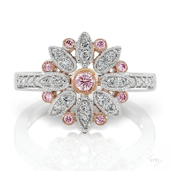http://www.argylepinkdiamonds.us/upload/product/DECO-E2-01_-42WEB.jpg