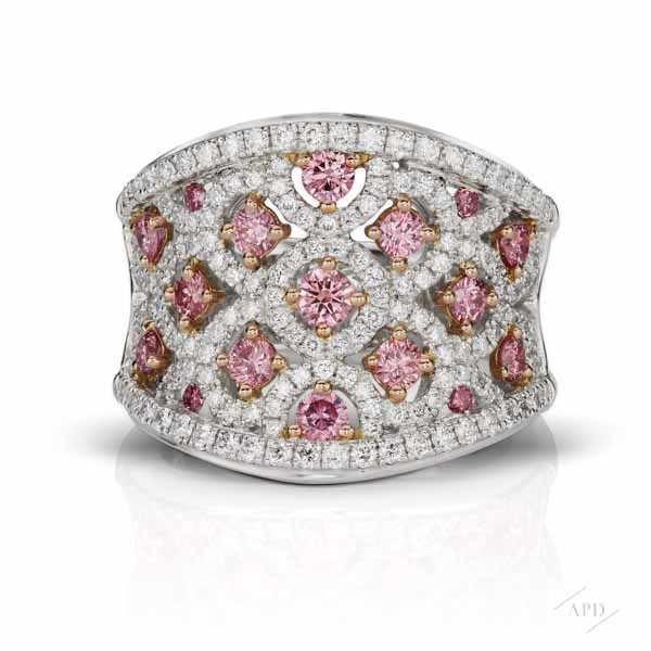 http://www.argylepinkdiamonds.us/upload/product/KRY-RM-21WEB.jpg