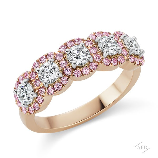 http://www.argylepinkdiamonds.us/upload/product/argylepinkdiamonds_JR_076_new.jpg