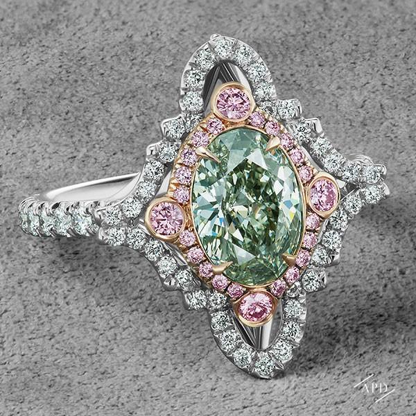 http://www.argylepinkdiamonds.us/upload/product/argylepinkdiamonds_LesChameleon_JR-084.jpg