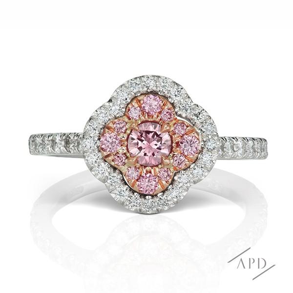 http://www.argylepinkdiamonds.us/upload/product/argylepinkdiamonds_arg_r4_01.jpg