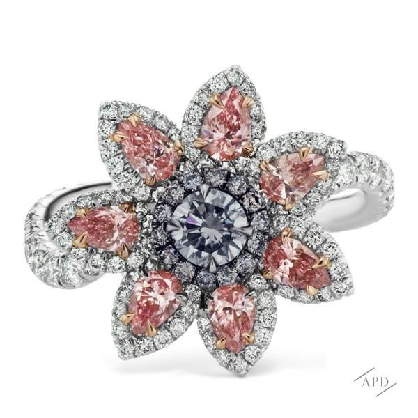 http://www.argylepinkdiamonds.us/upload/product/argylepinkdiamonds_blueflower.jpg