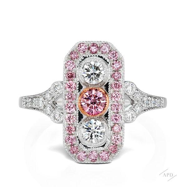 http://www.argylepinkdiamonds.us/upload/product/argylepinkdiamonds_deco_r1_02.jpg
