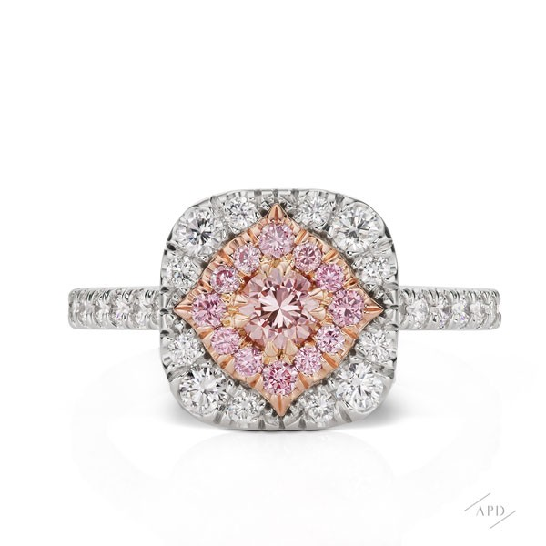 http://www.argylepinkdiamonds.us/upload/product/argylepinkdiamonds_diamondhaloringfront.jpg