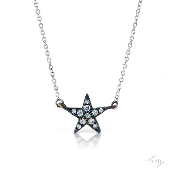 http://www.argylepinkdiamonds.us/upload/product/argylepinkdiamonds_starblue.jpg