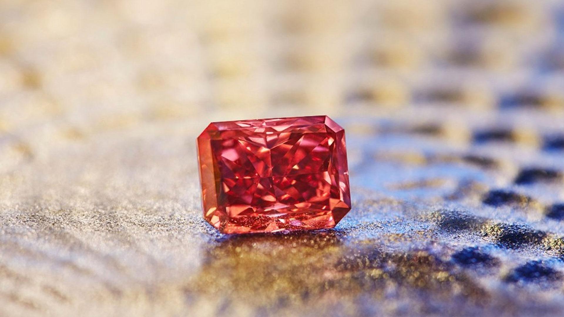 The Argyle Everglow 2.11ct Fancy Red Diamond
